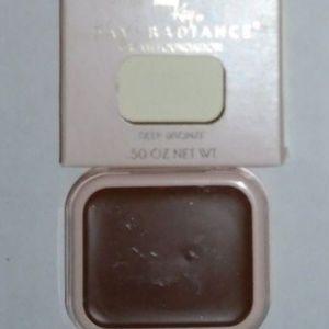 Day Radiance Deep Bronze 0072 Cream Foundation